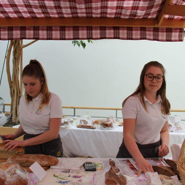 Ostermarktstand Brot
